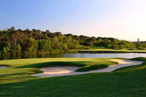 PGAカタルーニャ N.コールス設計 1999年開場