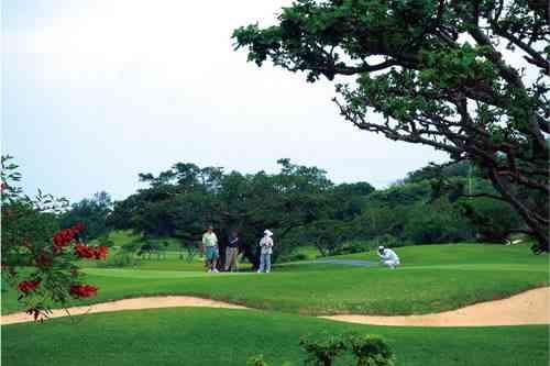 琉球ゴルフ倶楽部