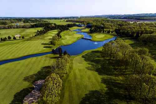 北海道クラシックゴルフクラブ 18H 7,059Y P72 J.ニクラス設計 1991年開場