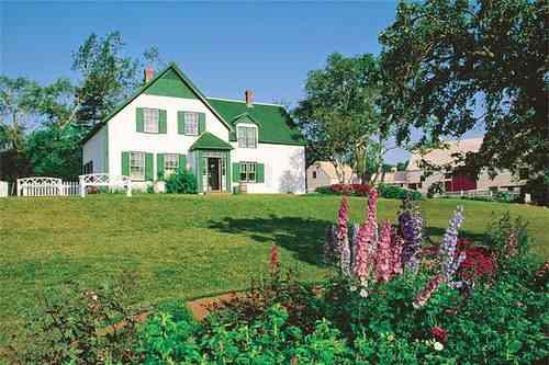 グリーンゲイブルズハウス 名作『赤毛のアン』の舞台プリンスエドワード島は豊かな自然やアンゆかりの地など、見所いっぱいです。
