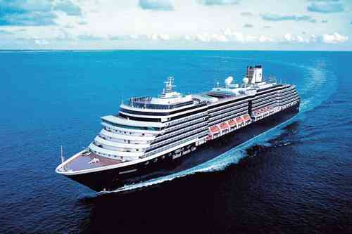 HALウェステルダム  82,000トン 全長:289m 乗客定員:1,916名 2004年就航