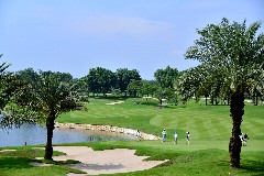 ロイヤルジャカルタゴルフクラブ 27H 9,396Y P108 B.ムーア設計 '08年開場