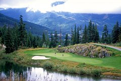 シャトーウィスラーゴルフクラブ 18H 6,635Y P72  '95年開場 R.T.ジョーンズ Jr. 設計
