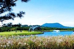 ラオン ゴルフクラブ 27H 10,714Y P108   2004年開場